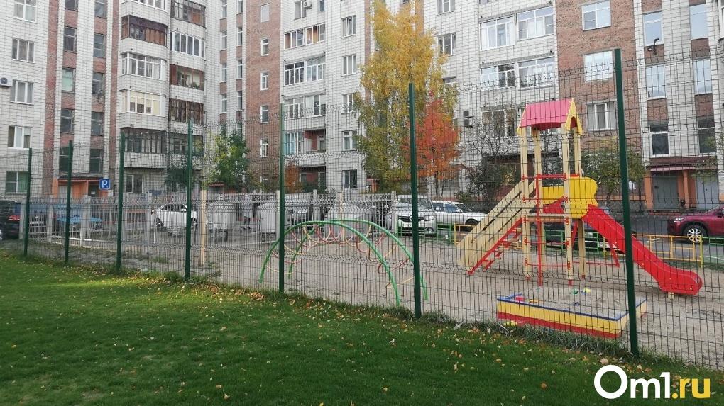 В Омске отремонтировали 26 дворов