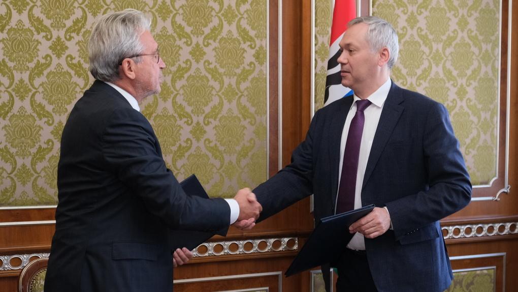 Правительство Новосибирской области и Альфа-Банк подписали соглашение о сотрудничестве