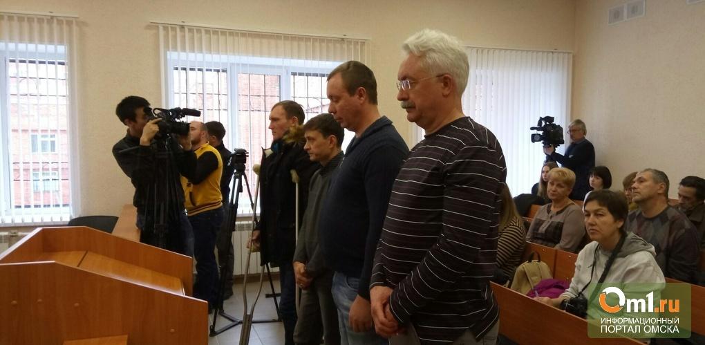 Родные погибших при падении крана в Омске потребовали 22 млн рублей компенсации