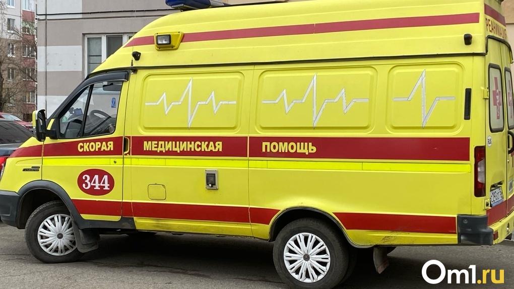 Как и когда нужно вызывать скорую в Омске, если кажется, что у тебя коронавирус. Инструкция