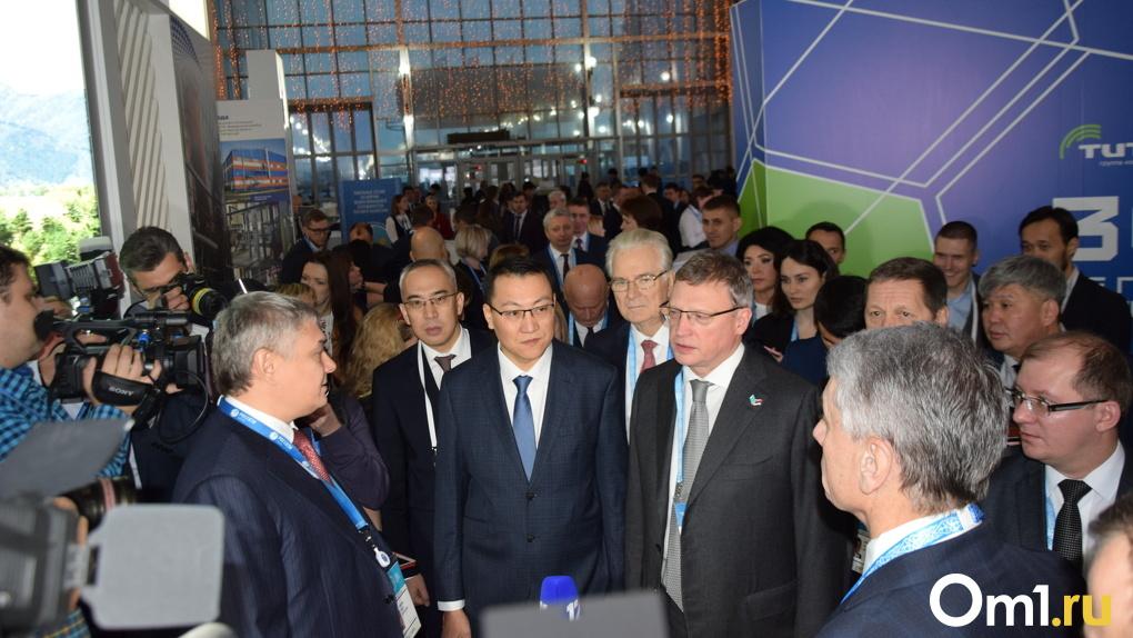Александр Бурков и Кайрат Торебаев посетили выставку высоких технологий — ФОТО