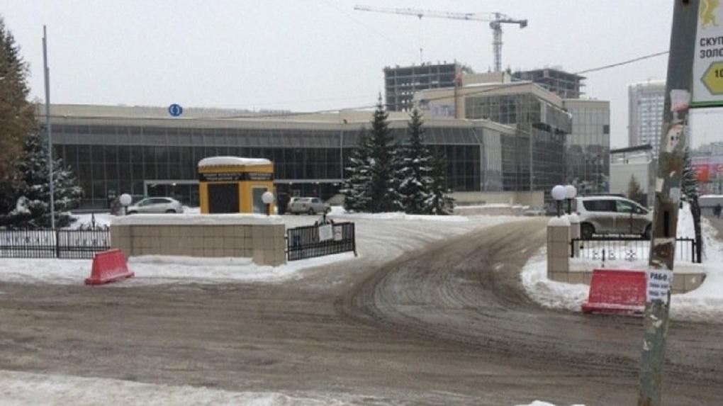 Главный офис банка «Открытие» продают за 470 млн рублей в Новосибирске