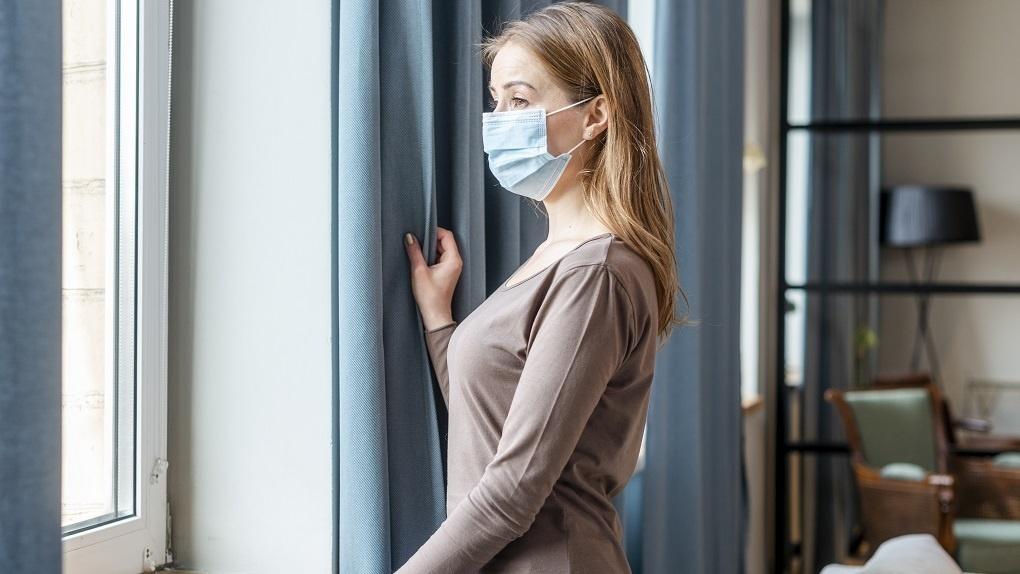 Пандемия не отступает: в Новосибирской области коронавирус выявили у 1376 пациентов