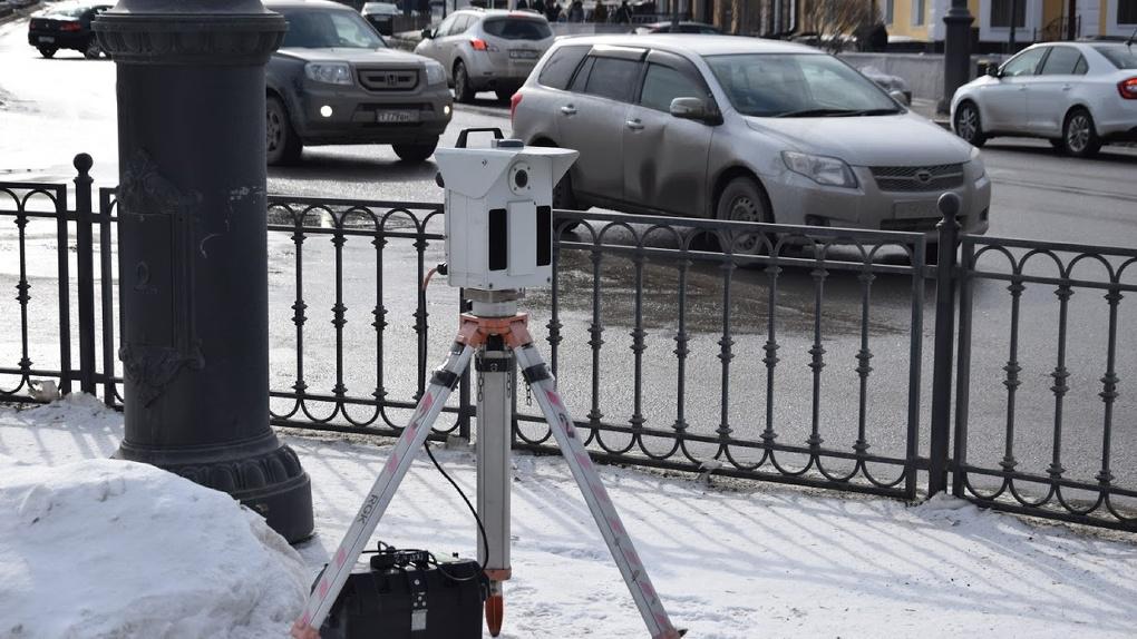 Уже 10 миллиардов: камеры на дорогах вгоняют омичей в огромные долги