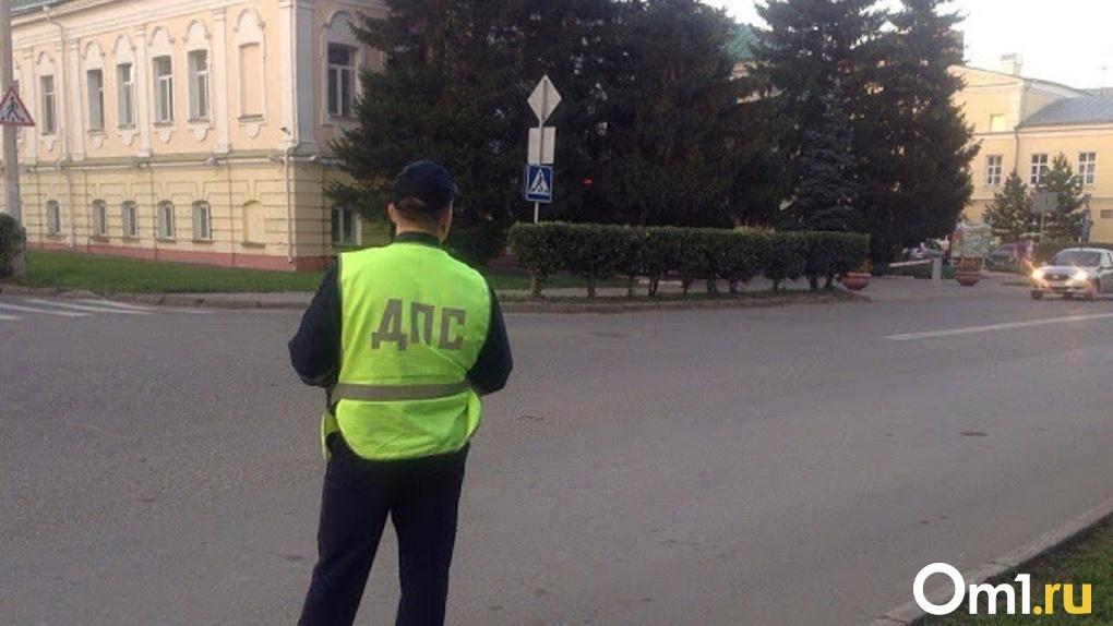 Под Омском молодой велосипедист влетел в автомобиль