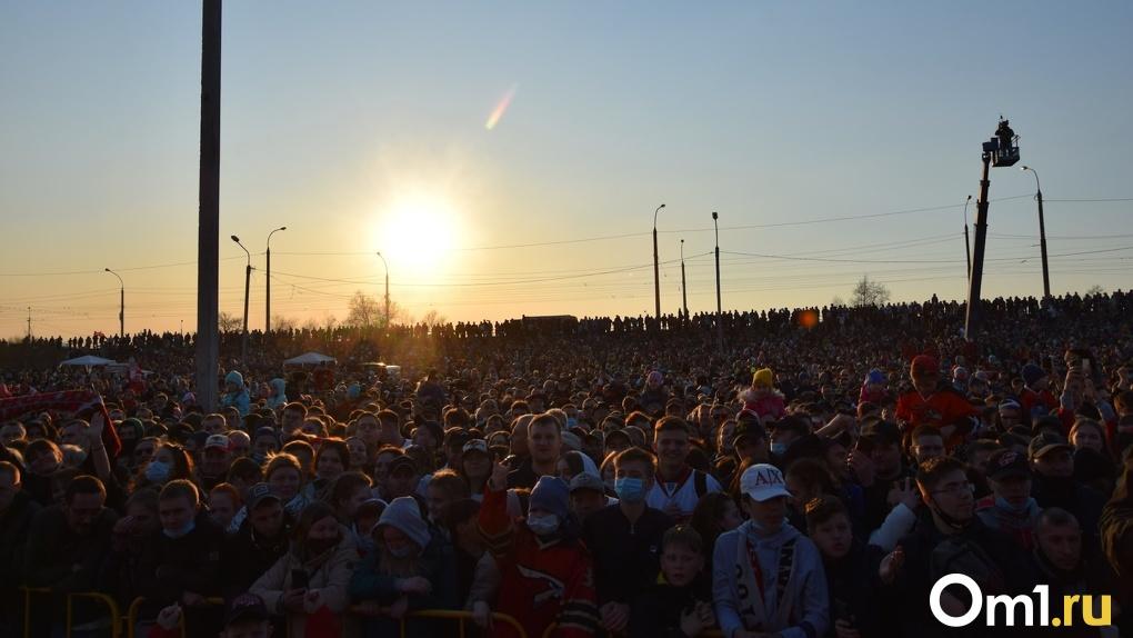 Глава Роспотребнадзора Крига потребовал отменить в Омске «Флору-2021» и концерт Преснякова