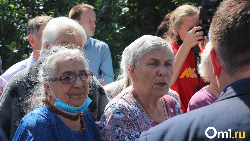 «Кладбище, а не парк»: новосибирцы обеспокоены судьбой сквера имени Гагарина