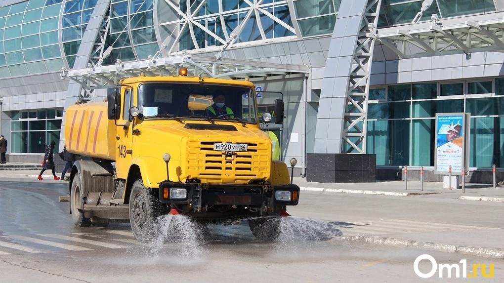 В мэрии Новосибирска заявили о катастрофической нехватке уборочной техники