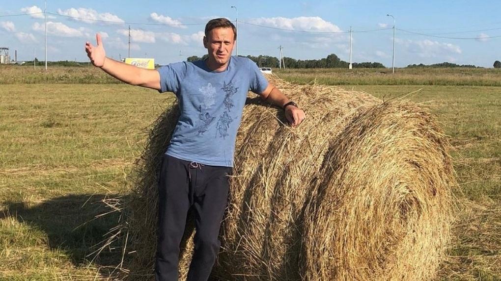 Навальный иронично отметил, что хотел бы помереть в омской больнице и оказаться в омском морге