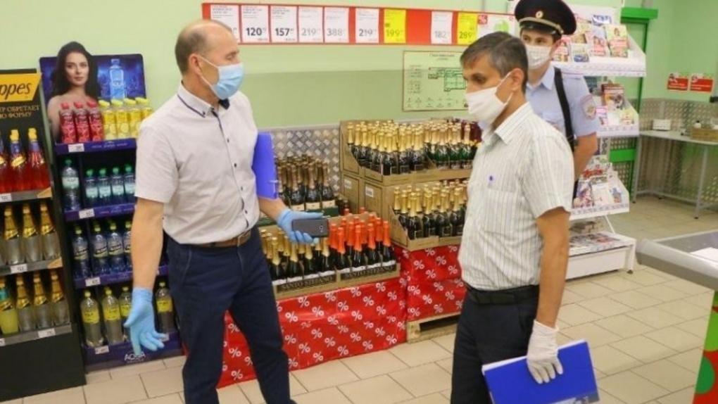 Омские продуктовые супермаркеты стали безопаснее с началом проверок