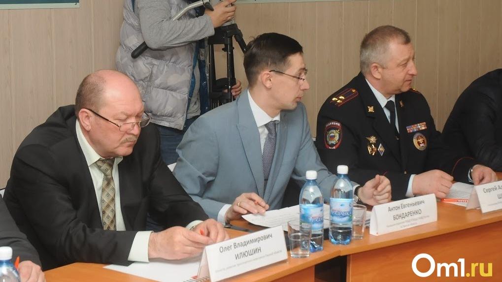 Омского экс-министра Илюшина, осужденного за незаконное финансирование «Мостовика», выпустят на свободу
